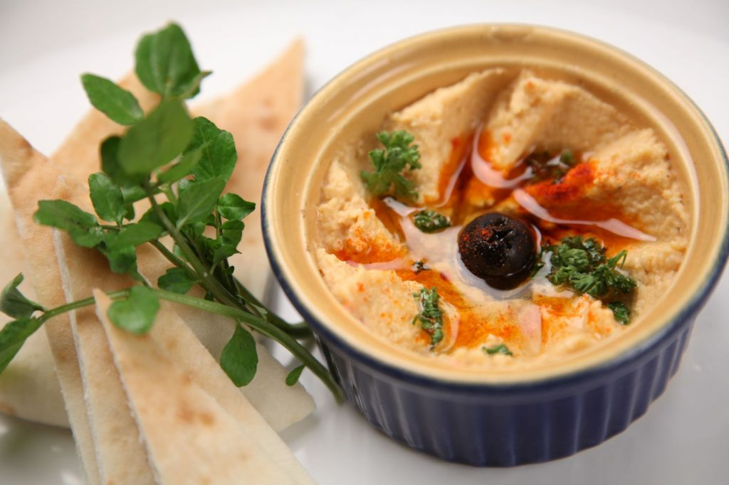 hummus high fiber snack topping