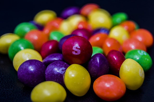 skittles harmful artificial dyes