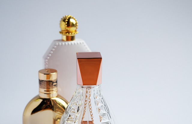 artificial fragrances can be full of toxic secrets